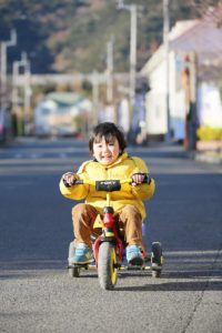 三輪車に乗れるようになったM君。